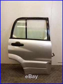 Porte arrière droit occasion 68003-65820 SUZUKI GRAND VITARA/R22880407